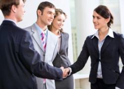 Разница между этикой общения и этикетом