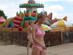 девушка в купальнике фото лето жара море